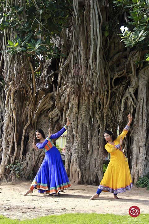 Dip Memento Photography,  kathak, kathakdance, dance, indiandance, kathakpose, picoftheday, dancepose, ahmedabad, ahmedabaddiaries, instagram_of_ahmedabad, instagram, instamood, ahmedabad_instagram, passion, blackandwhitephotography, blackandwhite, dancer, lifeaboutdance, ahmedabaddancer, dancephotograhy, outdoorshoot, indianfashionblogger, shootout_ahmedabad, like4like, follow, followme, DipsPhotography, MementoPhotography