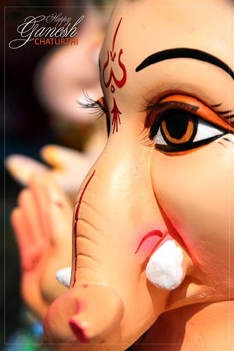Happy Ganeah Chaturthi to all.  वक्रतुण्ड महाकाय सूर्यकोटि समप्रभ:। निर्विघ्नम् कुरु मे देव सर्व कार्येषु सर्वदा॥   VakratuND mahAkAya suryakoTi samaprabha | nirvighnam kuru me deva sarva kAryeshu sarvadA ||  वक्रतुण्ड - One with a twisted trunk महाकाय - mighty body सूर्यकोटि - 10 million suns समप्रभ - equivalently bright निर्विघ्नम् - free of obstacles कुरु - make मे देव - my Lord सर्व कार्येषु - in all my endeavors सर्वदा - always  #_soi #streetofindia #photographers_of_india #lordganesha #igrammer_india #ganesh #lordganesh #ganeshchaturthi #youth_power_ahmedabad #streetphotography #ganeshfestival #indianfestival #ahmedabad