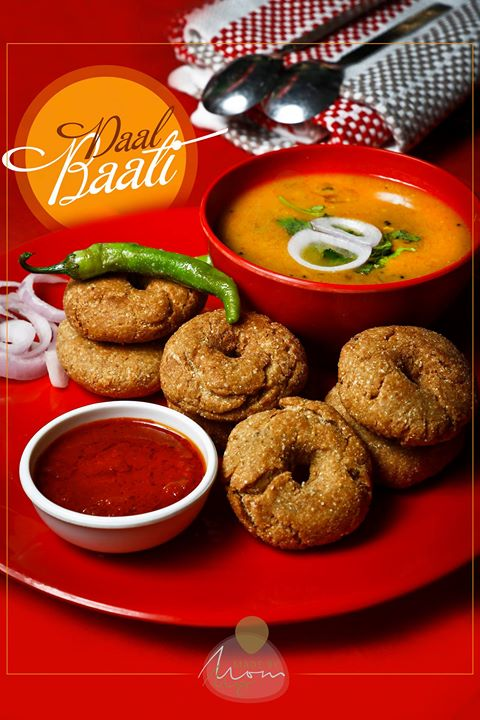 Daal Bati / Daal Baati Churma  A popular and signature dish of Rajasthan. ✨✨✨✨✨✨✨✨✨✨✨✨✨✨✨ Food Shoot By Dip Thakkar Book your shoot Call 9924227745 or whatsapp on https://wa.me/919924227745  Insta: @dip_memento_photography https://www.facebook.com/photographybydip/ https://mementophotography.xyz  From #madebymom #rajasthan #rajasthanifood 🌶🌰🌰🌰🌰🍋🍋🍋🥔🥔🌶🌶 Food Shoot : @dip_memento_photography 🥒🥒🍋🍋🍋🥔🥔🌶🌶 #ahmedabad #food #photography #foodsofindia #hungrito #foodporn #foodphotography #happymood  #happiness #foodpic #foodoftheday #foodlover #foodie #foodlove  #productPhotography #Productshoot #foodclicks #aighungrito  #fooddi #happyPeople  #picoftheday #photoholic #magazine #magazineshoot  #magazinephotography #ahmedabadifoodholics