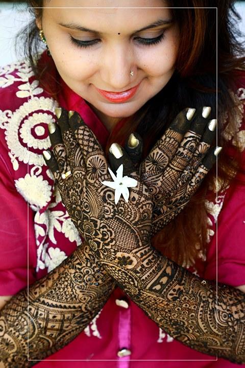 Dip Memento Photography,  mehndi, bridetobe, bride, smile, style, look, preety, weddingday, weddingshedings, wedding, photography, mehndidress, bigfatwedding, indianbride, shadiwadi, dulhaanddulhan, dulhadulhandiaries, weddingphotography, weddingdress, weddingphotographer