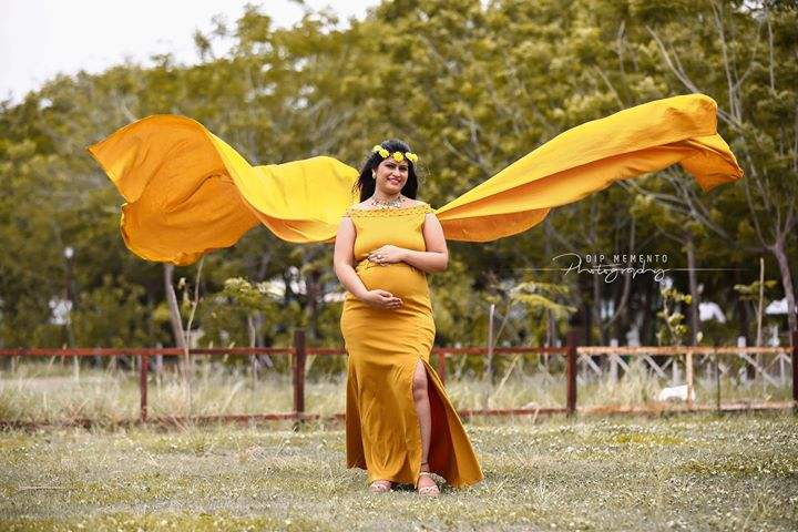 Wishing you a great baby break that overflows with laughter and every beautiful thing under the sun.  Happy Birthday and Happy Maternity days.  _______________________________ Shoot by: @dip_memento_photography  #pregnancyphotography #pregnancy #maternity #photography #maternityphotography #pregnant #momtobe #mommytobe #maternityshoot #pregnancy #babybump #maternitystyle #pregnantstyle #pregnantfashion #maternitysession #laphotographer #babyshower #pregnancyphotographer #socalphotographer #pregnantbelly #maternitydress #fitmom #maternityfashion #indiaig #dipmementophotography #9924227745