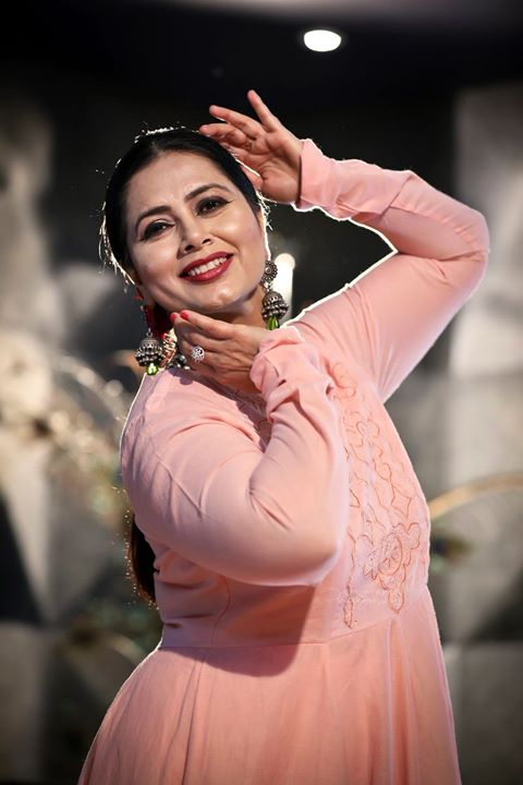 Dance is the purest Expression of every Emotion, Earthly and Spiritual.. . . Dance Photo/Video Shoot for : Nrityalaya by Jashoda Patel In Frame : Jashoda Patel Photography by : @dip_memento_photography Video by : @sky_clicks_feelms  Assist : @meandmyphotography11  #nrityalaya #dipmementophotography #nrityalayadance #kathak #kathakdance #classicaldance #ahmedabad #indianclassicaldance #катхак #pirouettes #chakkars #happydancing #classicaldance #indiandancer #dancersofinstagram #indianclassicaldance #dancerslife #classicaldancers #kathakdance #kathakdancer #indianclassicaldancers #9924227745 #spins #lovefordance #worldofdance #dance #love #indiandanceform #music #loveforkathak #dancers #dancersindia