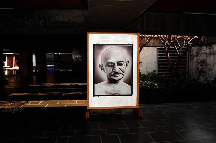 21.12.13 M.k. Gandhi