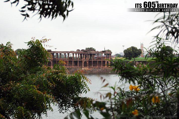 Happy 605th Birthday Ahmedabad. @ Sarkhej Roza  #iloveahmedabad #iloveamdavad #SarkhejRoza  #AapnuAhmedabad #amdavadcity  #HeritageAmdavad #AapnuAmdavad #HeritageAhmedabad #HeritageCityAhmedabad #AhmedabadBirthdayCelebration #AhmedabadBirthday #Ahmedabad #gujarat #historic #history #India  #DipSPhotography | #MementoPhotography