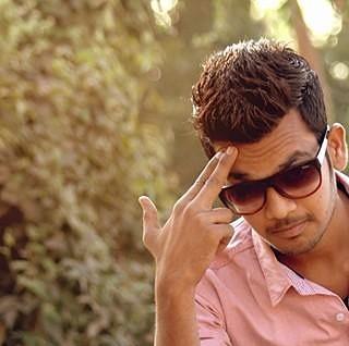 Frame 8 In pic;  Rafik  #hunk #handsomhunk  #boysportrait #photoholic #boyfashions #boyswillbeboys #portraitphotography #portrait #fashionphotography #FashionShoot #ahmedabad #photography #picoftheday #preetyface #boldness #modelpose #modelphotography #AhmedabadPhotography #shootout_ahmedabad  #ahmedabaddiaries #ahmedabadshoutout #MementoPhotography #ahmedabadshoutoutz #amdavadi #amdavaddiaries #amdavadishout #amdavadistyle