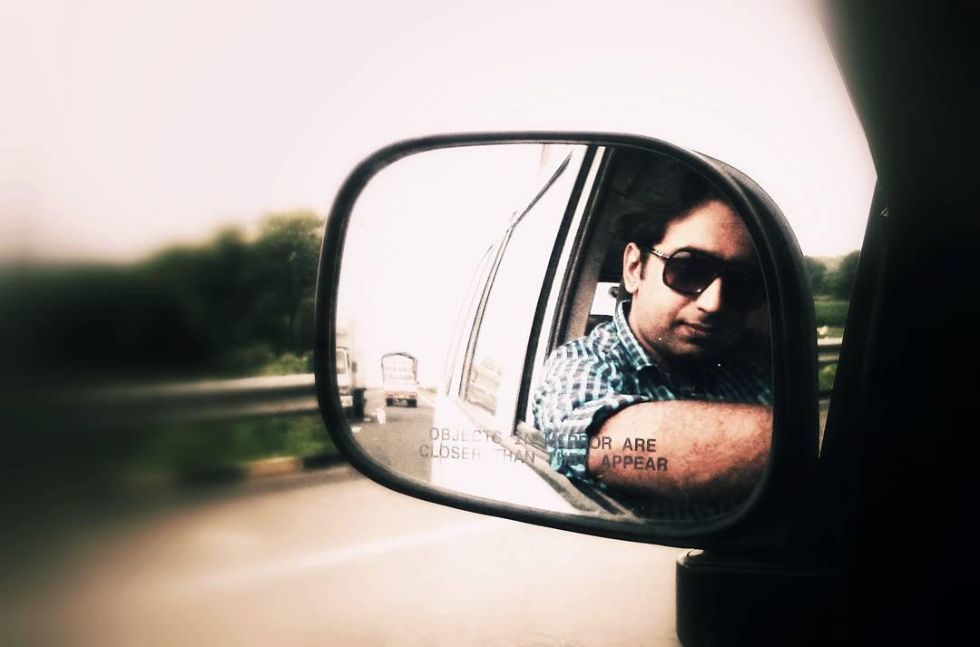 On the way to New #photoshoot  assignment.  #workingsunday #busyonsunday #passion & #profession #productPhotography #foodphotography  #outdoorshoot #fashionclick #fashionclicks  #onshoot #professionalphotographer #selfie #photoholic #fashionphotography #candidphotography #portraitphotography #FashionShoot ##hobby #AhmedabadPhotography  #DipsPhotography | #MementoaPhotography