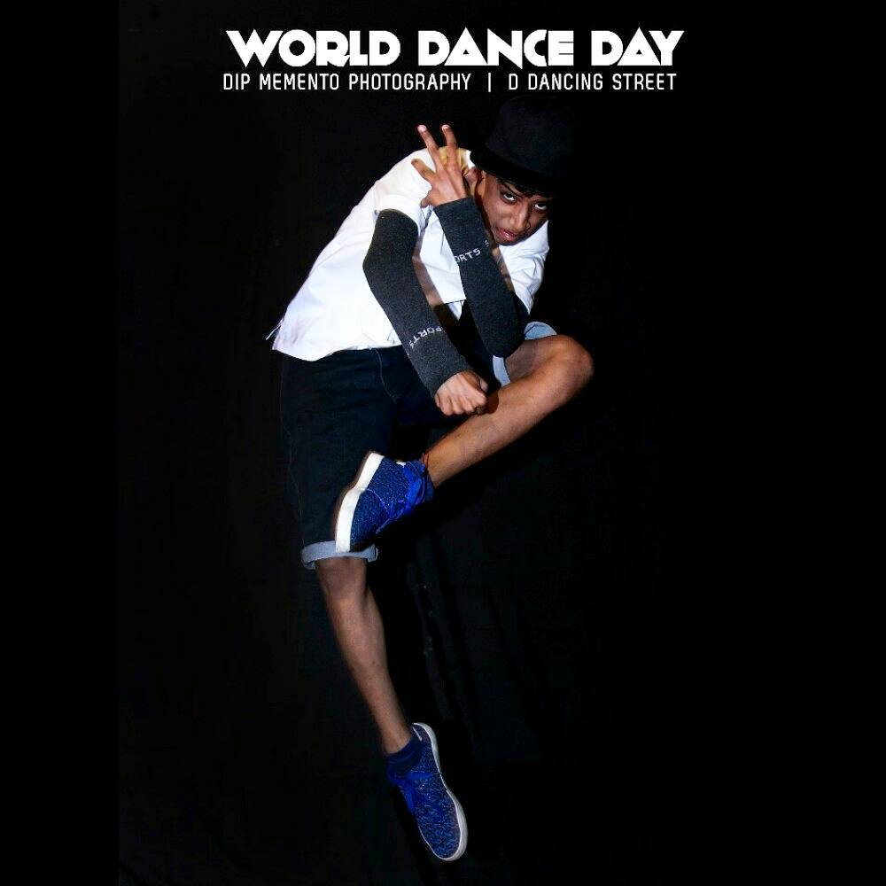 WORLD DANCE DAY! 🙌😍💪🏃💃 #worlddanceday #internationaldanceday #dancer #picoftheday #best #smilee #photographer #love #peace✌ #naturel #pictures #theshow #worlddanceday #lateposts #lovethis #jump #hiphopart #dance #justdance #feelings #feelitcoming #feelitintheair #smellit #loveit #behumble #behappywithyourself #dowhatyoucant #positive #positivevibes