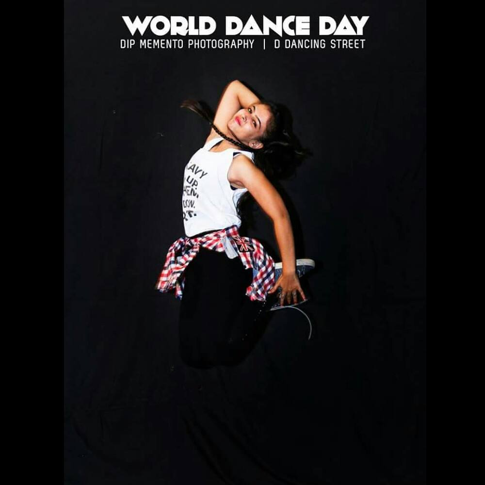 Dip Memento Photography,  worlddanceday, internationaldanceday, dancer, picoftheday, best, smilee, photographer, love, peace✌, naturel, pictures, theshow, worlddanceday, lateposts, lovethis, jump, hiphopart, dance, justdance, feelings, feelitcoming, feelitintheair, smellit, loveit, behumble, behappywithyourself, dowhatyoucant, positive, positivevibes