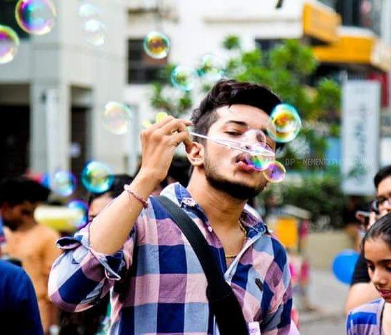 Dip Memento Photography,  happystreet, happystreetahmedabad, fun, mood, happy, happymemories, love, earlymorning, positivevibes, dance, music, games, streetphotography, streetfun, beauty, beautifulwomen, beautifulfaces