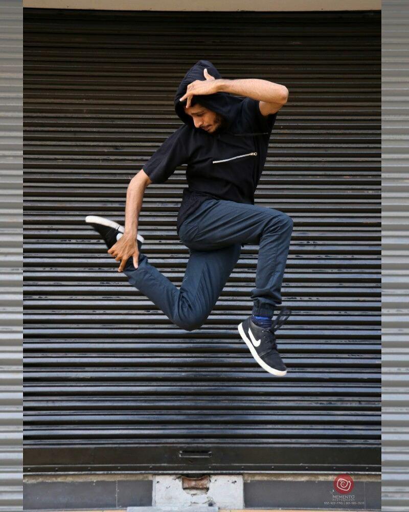 Dip Memento Photography,  happystreet, happystreetahmedabad, fun, mood, happy, happymemories, love, earlymorning, positivevibes, dance, music, games, streetphotography, streetfun, beauty, beautifulwomen, beautifulfaces, stunt, pose, freeze, passion, dancepose, dancers, dancephotography, levitation, levitationphotography, like4like, likeforlike