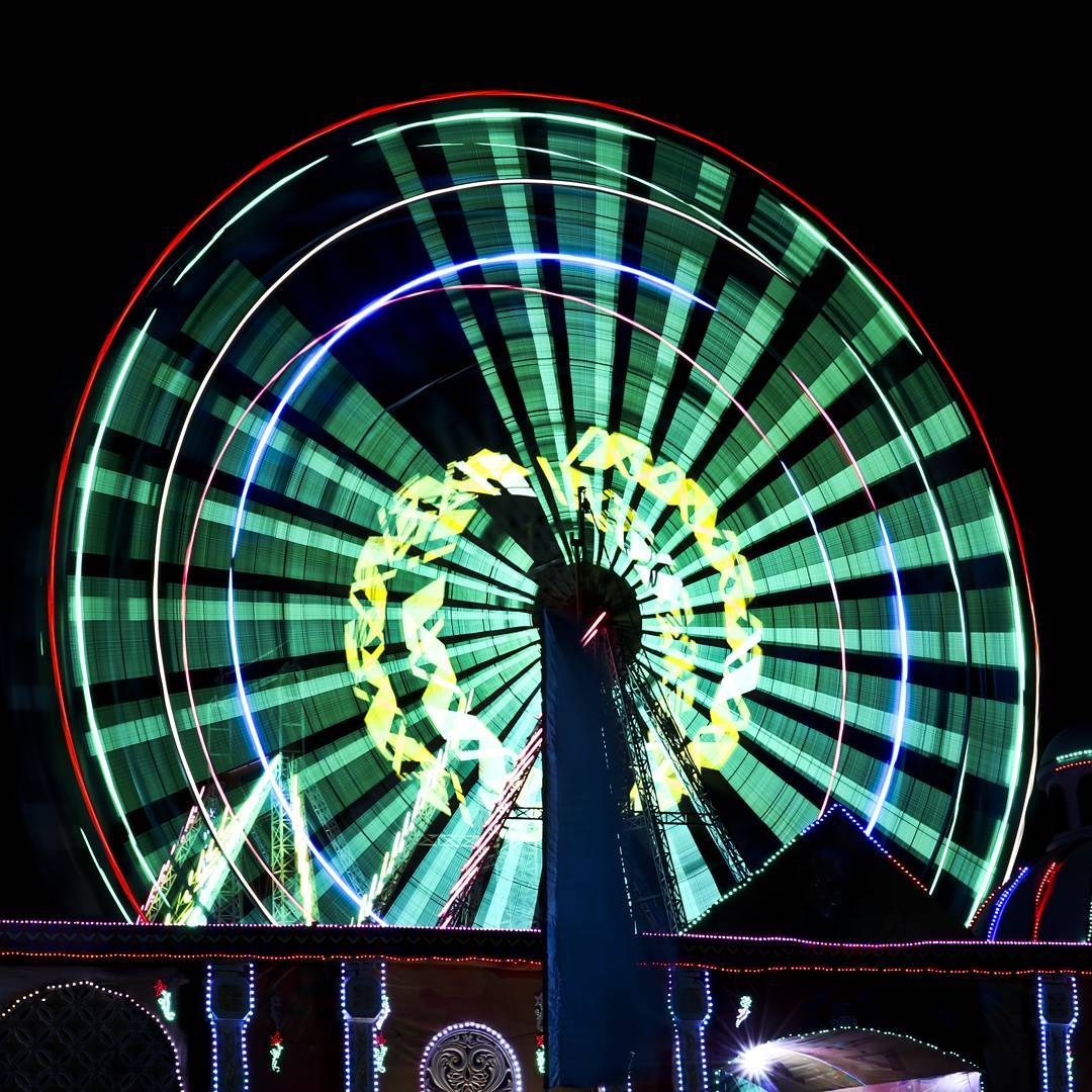 Long Exposure Ferries Wheel ..... #longexposure #ferrieswheel #photography #photoholic #photographers_of_india #amdavad #ahmedabad #ahmedabadphotography #apnuamdavad #lightpainting #light #thoughts #canon #nikon #photooftheday #travel #art  #picoftheday #beautiful #instagram #instagood #photos  #photograph#picture  #summer #pic  #love #indiaclicks  #foto4everofficial