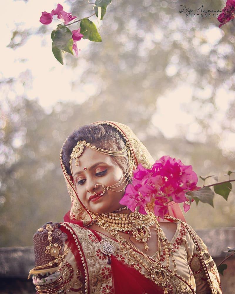 Dip Memento Photography,  beautifulbride, bridetobe, bridal, bridallook, bridalthoughts, sparkle, instagood, bridalshot, bridegoals, indianbride, bridalfashion, gorgeous, shaadi, asianbride, bridalinspiration, kundanset, mathapatti, nosering, bridaljewellery, photooftheday, traditionalbride, bridesofinstagram, lehenga, nath, swag, dday, weddingday, weddingceremony, photography