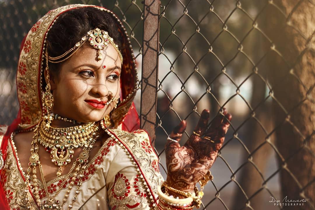 Waiting...... 💑 ✨✨✨✨✨✨✨✨✨✨✨✨✨✨✨✨✨ Wedding Portraits Shoot:  #dipmementophotography @dip_memento_photography @dipthakkar.clicker https://www.facebook.com/photographybydip/ ✨✨✨✨✨✨✨✨✨✨✨✨✨✨✨✨✨ #india #indian #photo #photography #photographer #pic #storiesofindia #candidshoot #indianphotography #indianphotographers  #canvasofindia #weddingportrait  #streetphotographyindia #ahmedabad #oph #official_photographers_hub #indianshutterbugs #indiaclicks #_coi #india_everyday #i_hobbygraphy #igersoftheday #ahmedabad_diaries #dslr_official #weddingphotographer #india_clicks #_soimumbai #indianphotography #photographers_of_india #destinationwedding