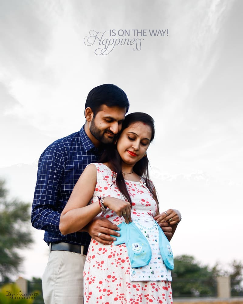 Happiness is on the way! 👨‍👨‍👧👣💞👕👗🛍👶👶👨‍👨‍👧👣💞👕👗🛍👶👶 _______________________________ Shoot by: @dip_memento_photography @memento_photography @pragnesh.pandya.14203 Assi. @c_h_o_c_0_h_o_l_i_c  Book Your shoot .Call on  9924227745 or whatsapp  https://wa.me/919924227745 https://mementophotography.xyz ✉️📫✨ Stay tuned for more beautiful pictures. Contact me for all of your photography needs 👋😉 Don't forget to like n #follow!! 😃😊 #pregnancyphotography #pregnancy #maternity #maternityphotography #pregnant #momtobe #mommytobe #maternityshoot #pregnancy #babybump #maternitystyle #pregnantstyle #pregnantfashion #maternitysession #laphotographer #babyshower #pregnancyphotographer #socalphotographer #pregnantbelly #maternitydress #fitmom #maternityfashion #slay #queen