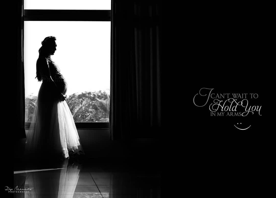 I Can't wait to HOLD YOU in my arm. 👶 Shikha + Hardik 👶  _______________________________ Shoot by: @dip_memento_photography @memento_photography @pragnesh.pandya.14203 Assi. @c_h_o_c_0_h_o_l_i_c  Book Your shoot .Call on  9924227745 or whatsapp  https://wa.me/919924227745 https://mementophotography.xyz  #indiaig #pregnancyphotography #pregnancy #maternity #photography #maternityphotography #pregnant #momtobe #mommytobe #maternityshoot #pregnancy #babybump #maternitystyle #pregnantstyle #pregnantfashion #maternitysession #laphotographer #babyshower #pregnancyphotographer #socalphotographer #pregnantbelly #maternitydress #fitmom #maternityfashion