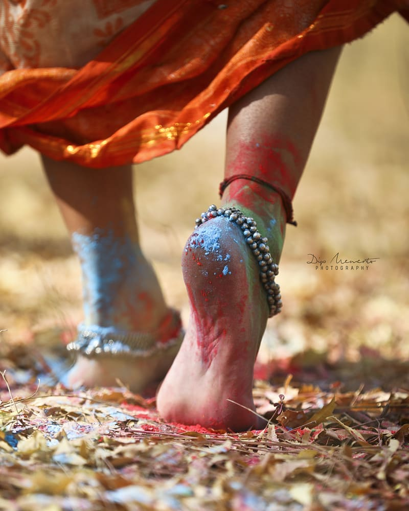 Walk with me and will paint the world with colors.  #traditionalholiconcept *---------------*--------------*----------------*---------------* InFrame : Komal Patel @komalpatel_16 Shoot by : #dip_memento_photography #memento_photography @dip_memento_photography & @meandmyphotography11  #holi #happyholi  #color  #holishoot  #colursfestival #IndianFestival #indianculturee  #indianpictures  #ahmedabad #gandhinagar #bloggers #bloggerstyle #bloggerslife  #indianblogger  #indianwomen #indian #indiangirl #fashionbloggers #fashionblog #ethnic #styleupindia #fashion #photography #model #fashionmodel #sassy #holifestival
