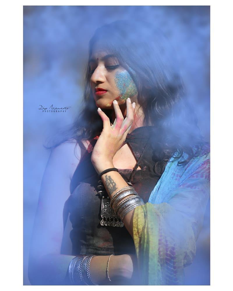 Diiiipppped in H U E S.  #traditionalholiconcept 🔶🔹🔷🔸🔶🔹🔷🔸🔶🔹🔷🔸🔶🔹🔷🔸🔶 InFrame : Vedika @vedikasethi_ Shoot by : #dip_memento_photography #memento_photography @dip_memento_photography & @meandmyphotography11  #holi #happyholi  #color  #holishoot  #colursfestival #IndianFestival #indianculturee  #indianpictures  #ahmedabad #gandhinagar #bloggers #bloggerstyle #bloggerslife  #indianblogger  #indianwomen #indian #indiangirl #fashionbloggers #fashionblog #ethnic #styleupindia #fashion #photography #model #fashionmodel #sassy #holifestival