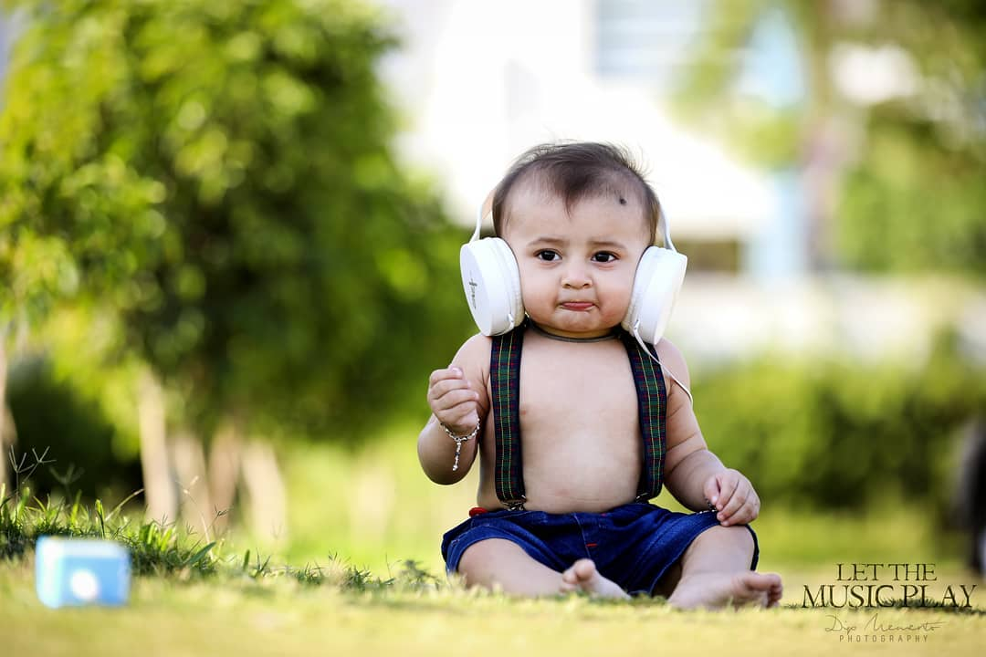 Let the music Play... Mr.GoluMolu . .  Baby/Kids Photography : 9924227745  @dip_memento_photography @meandmyphotography11 . . #photography #ahmedabad #kids #baby #babies #India #newbornphotography #justbaby #newborn #style #gujarat #fashionblogger #ahmedabadkids #babyphotography  #indianmom #indiankids #maternity  #cutenessoverload #indianbabies #babyproducts #babieslove #babies #bollywood #cutebabies #gujarat #family #pregnancy #kidsblog #cutiepie #instagram  #newbornphotography #babyphotography #kidsphotography