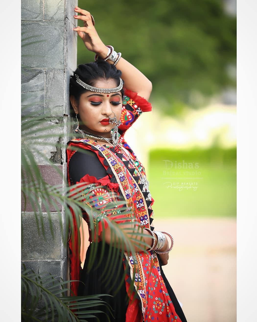 Just trying something different to break stereotype. . . MUA: @dishapanchal246  Shoot: @dip_memento_photography @meandmyphotography11  InFrame: @shrutigoswami51  Costume by: @rashmithummar  #navratri2019 #photoshoot #ethnic #traditionalart #ahmedabad #gujarati  #pop #makeup #navratrichaniyacholi #chaniyacholi #indianfashionblogger  #fashionblogger #makeuptutorial #weddingdress #sexy#instagram #instapic #bollywood #bollywoodhotness #bollywoodactresses #indian #pic #picoftheday #photooftheday ##instagood#instamood #festivalofnations #festival