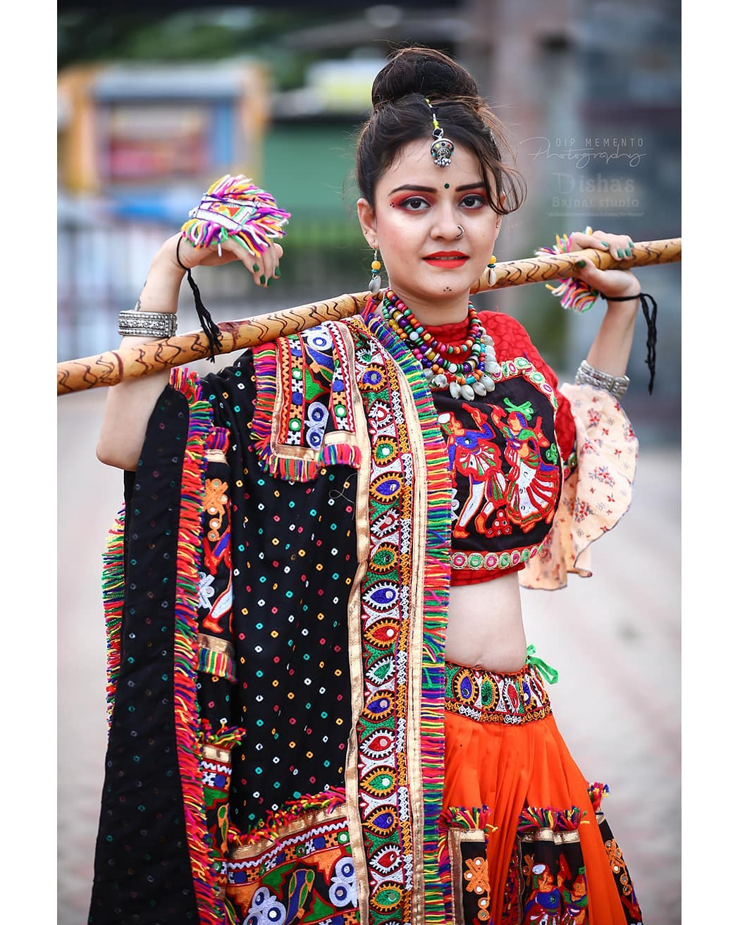 #navratri Makeup shoot . MUA: @dishabeautysaloonacademynikol @dishapanchal246  Shoot: @dip_memento_photography @meandmyphotography11 InFrame: @kajal_thakkar._0912 Jewellery: @nancyhandicraft9 Costume by: @rashmithummar . . #photoshoot #ethnic #traditionalart #ahmedabad #gujarati  #pop #makeup #navratrichaniyacholi #chaniyacholi #indianfashionblogger  #fashionblogger #makeuptutorial #weddingdress #sexy#instagram #instapic #bollywood #bollywoodhotness #bollywoodactresses #indian #pic #picoftheday #photooftheday #instagood#instamood #festivalofnations #festival