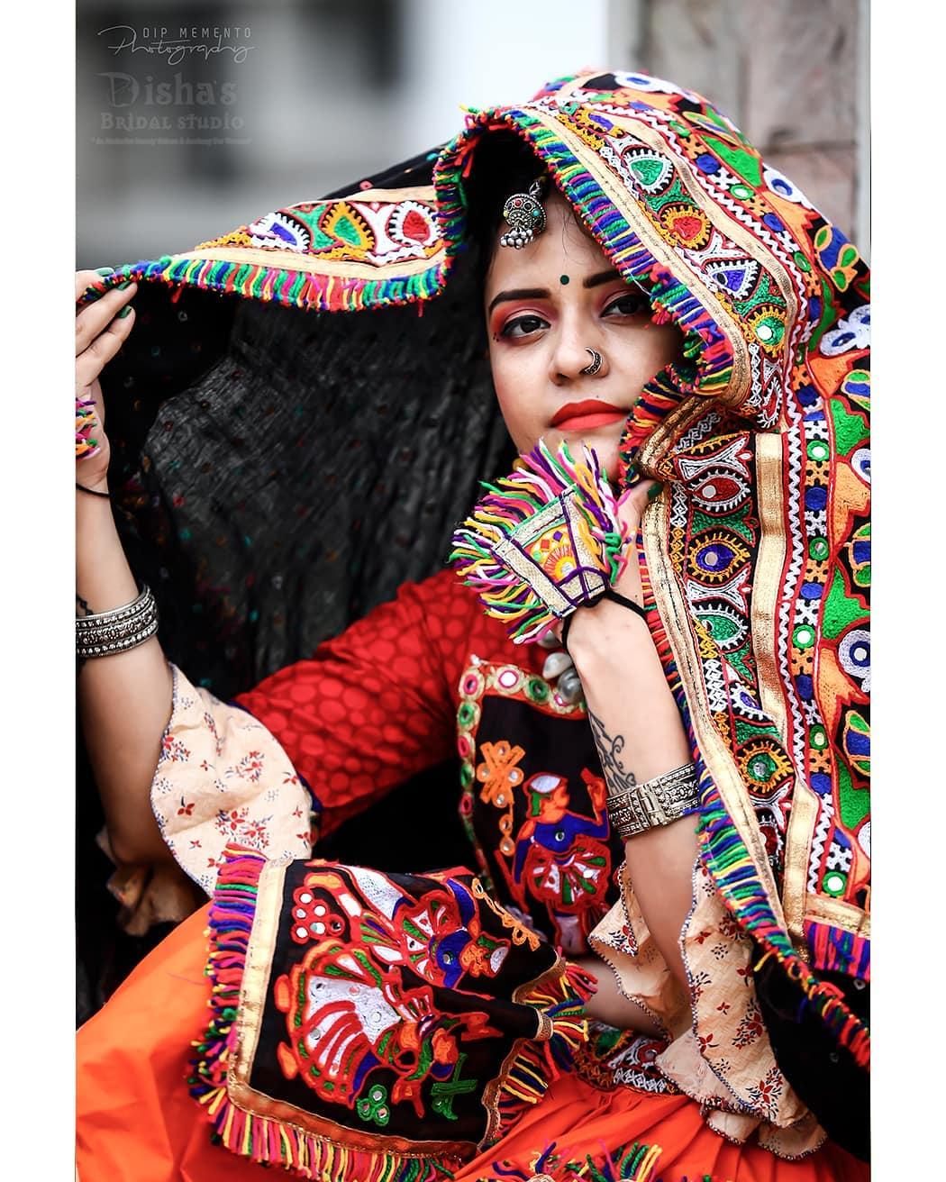 Dip Memento Photography,  navratri, photoshoot, ethnic, traditionalart, ahmedabad, gujarati, pop, makeup, navratrichaniyacholi, chaniyacholi, indianfashionblogger, fashionblogger, makeuptutorial, weddingdress, sexy#instagram, instapic, bollywood, bollywoodhotness, bollywoodactresses, indian, pic, picoftheday, photooftheday, instagood#instamood, festivalofnations, festival