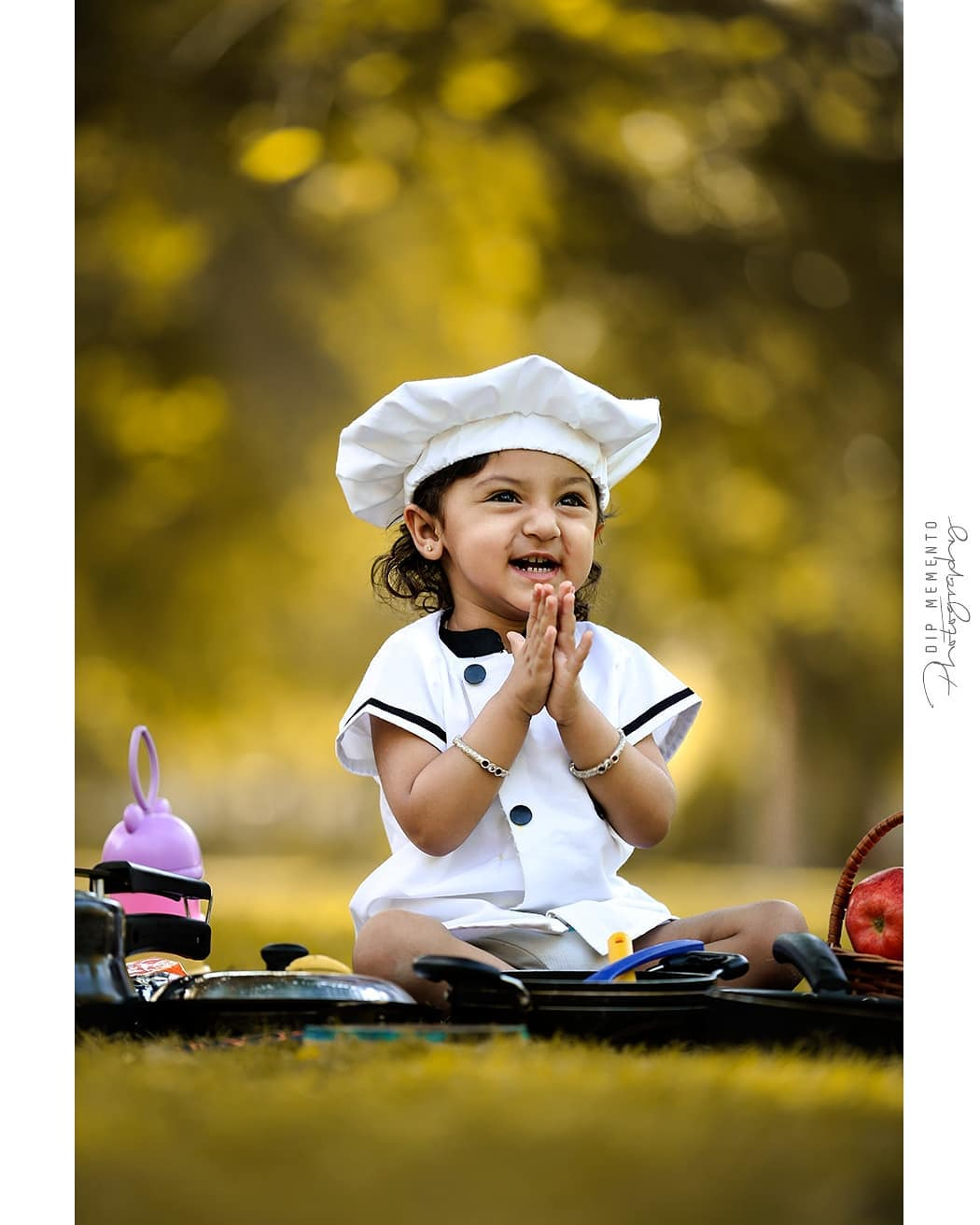 H A P P I N E S S is seeing you kid Happy... .L I T T LE - D H RI V A 🍕🌭🧀🍔🍟🍝🍜🍛🍚🥘🍲🥗🍿🍱🍣 .  Baby/Kids Photography : 9924227745 @dip_memento_photography @meandmyphotography11  @sky_clicks_feelms .  #kidsphotography  #littletoes #tinystars  #cook #food #9925227745  #dipmementophotography  #fineartphotography #india #ahmedabad #kidsphotoshoot  #babyphotoshoot #babyphotography  #indiankids #indianmoms #kids  #dipmementophotography #motherhood #momblogger #kidsstyle #mommyblogger #ahmedabadkidsphotographer  #babiesindia🇮🇳 #babiesindia #kidsofahmedabad  #babyphotographyahmedabad #babyphotographerahmedabad  #momdaughter #indianmombloggers