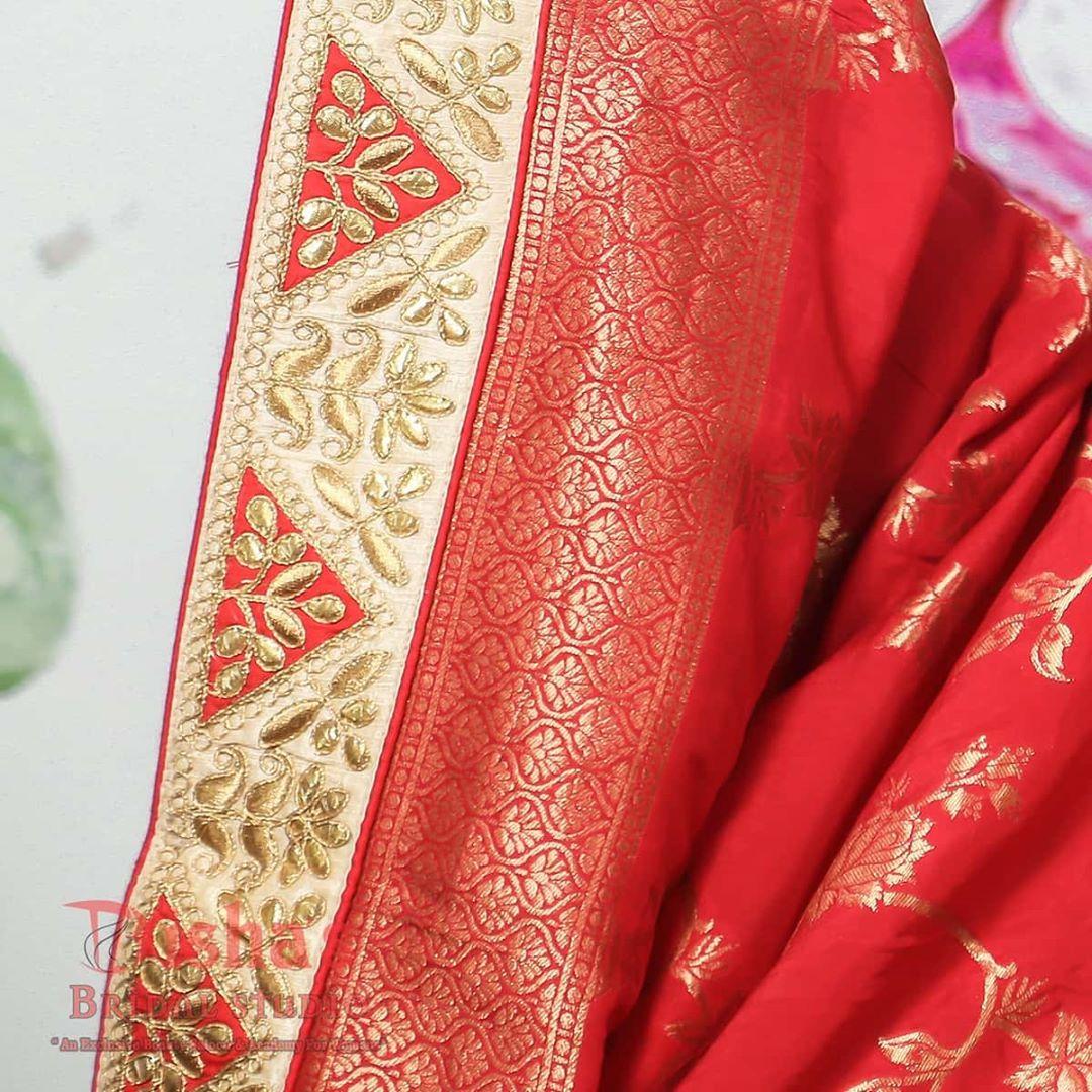 Bridal makeup shoot . .  captured by @dip_memento_photography ▪︎ Makeup by @dishabeautysaloonacademynikol ▪︎ InFrame Binita ▪︎ outfit  @sons_boutique5  #brides #sisterbrides #bridetobe #coolbrides #bigfatindianwedding #bridemakeup #indianwedding #photography #weddings #indianwedding #dipmementophotography #9924227745 #loveformakeup #makeuplove #makeupartist #makeup #ahmedabad #candidportraits #indianbride #indianfashionblogger #sisterstogether #sisterfriends #brides #funbrides