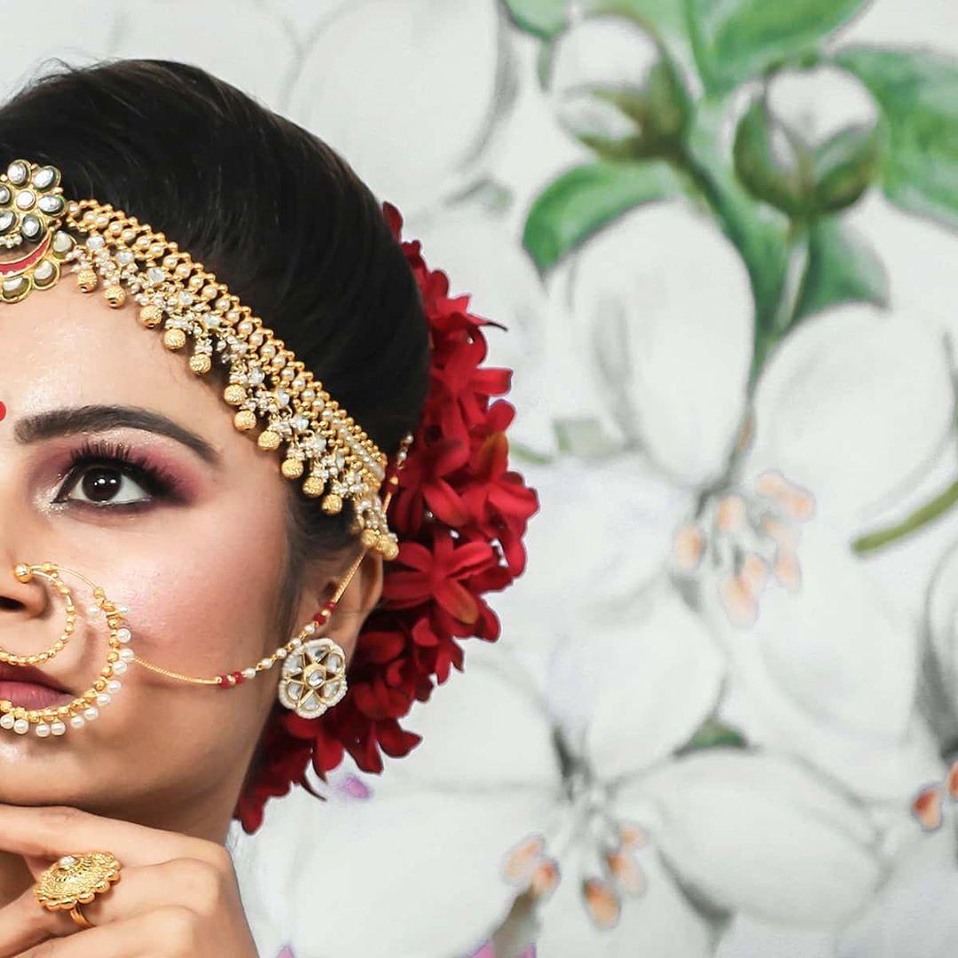 Dip Memento Photography,  brides, sisterbrides, bridetobe, coolbrides, bigfatindianwedding, bridemakeup, indianwedding, photography, weddings, indianwedding, dipmementophotography, 9924227745, loveformakeup, makeuplove, makeupartist, makeup, ahmedabad, candidportraits, indianbride, indianfashionblogger, sisterstogether, sisterfriends, brides, funbrides
