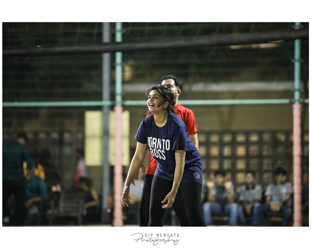 Glimpse of Celebrity Vollyball Match By UDAAN-The Joy Of Giving. RJ ADITI . Late post . Thanks to @patelshivani Shoot by @dip_memento_photography  #udaanngo #ahmedabad #gujaraticelebrity #dipmementophotography #9924227745 #vollyballmatch #sports #funforfund #goodcause #bekind #behappy #event #photographer #eventphotography #liveinconcert #stagephotography #ngoevents #ahmedabadngo #ngo #funevent #gujaraticelebrities #urbangujaratimovie #gujaratiartists