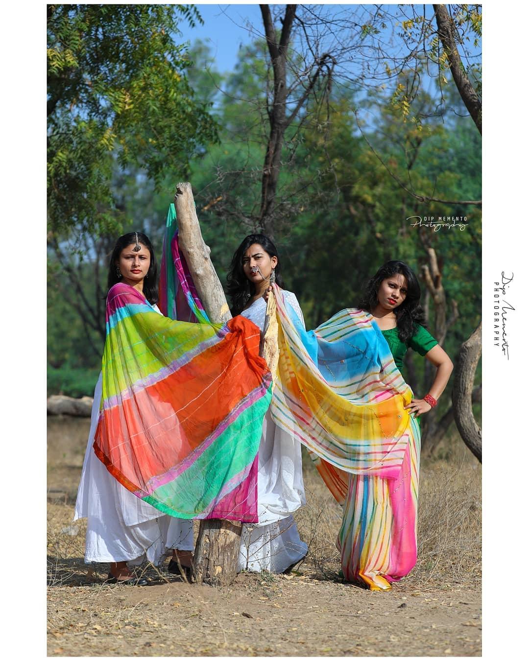 Infinite shades of White! . . . #holiconcept #concept #holishoot 🔶🔹🔷🔸🔶🔹🔷🔸🔶🔹🔷🔸🔶🔹🔷🔸🔶 InFrame :  @mansigandhi6490 @komalpatel_16 @_priyanka_makwana_  Shoot by : #dip_memento_photography #memento_photography @dip_memento_photography &  #holi #holiwithgppro #color #holishoot #colursfestival#IndianFestival #indianculturee #indianpictures#ahmedabad #gandhinagar #bloggers #bloggerstyle#bloggerslife #indianblogger #indiaig #indian #indiangirl#fashionbloggers #fashionblog #ethnic #styleupindia#fashion #photography #model #fashionmodel #holifestival