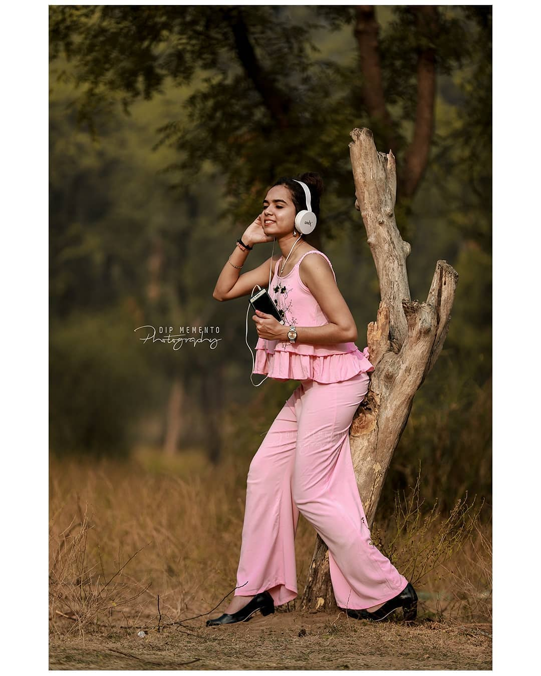 Music and Fashion; it all comes from the same place of creativity. . Portfolio shoot.. . In frame - Payal © @dip_memento_photography . Shoot With Canon 5d Mark iv + #Godox Hss  @canonindia_official @godox_photo_equipment @godoxusergroup  @canonindiaunofficial . . #indianportrait #dipmementophotography  #ahmedabadphotographer #modelshoot #fashion #ahmedabad  #fashionphotography  #yourshot_india #9924227745 #mypixeldiary #indiaportraits #dipmementophotography  #indianphotography #indiapictures  #blogphotography  #portraitphotography #portrait_perfection #portraitpage #portrait_vision #portrait_shots #portrait_ig  #portraits_ig #portrait_mood  #portraitgames #portrait_star #top_portraits #portraitvision #discoverportrait