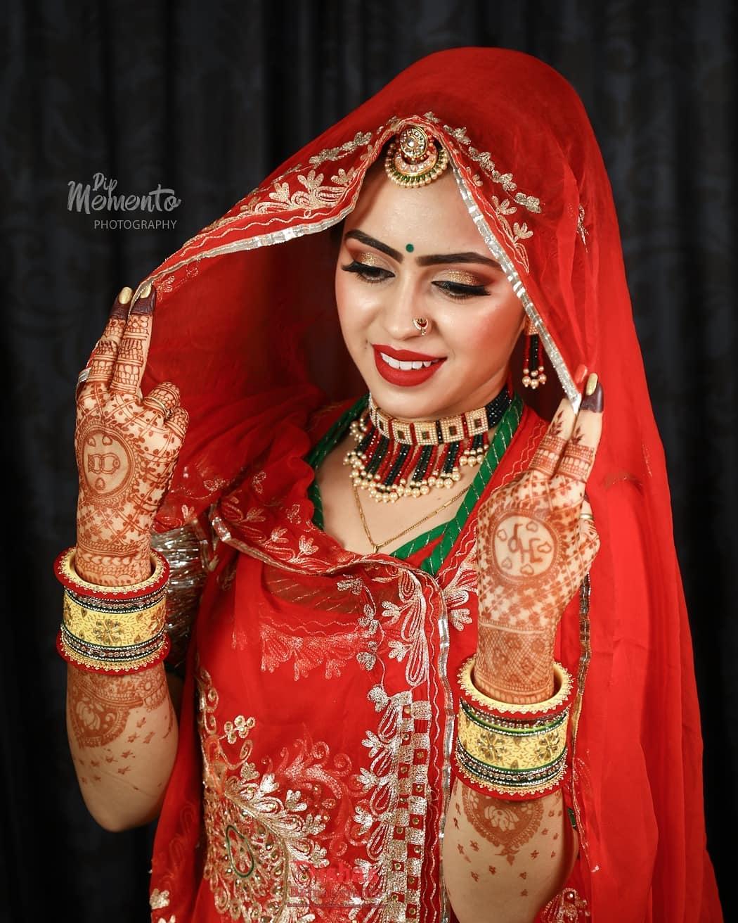 The mirror of divine Beauty... Marwadi Bride . . 📸@dip_memento_photography 💄@dishasbridalstudio . .  #brides #marwadibride #bridetobe #coolbrides #bigfatindianwedding #bridemakeup #indianwedding #photography #weddings #indianwedding #dipmementophotography #9924227745 #loveformakeup #marwari #makeupartist #makeup #ahmedabad #candidportraits #indianbride #indianfashionblogger #marwadistyle #rajasthanibride #brides #funbrides . . @wedzo.in @indianstreetfashion @weddingz.in @indian_wedding_bliss @dulhaanddulhan @thebridesofindia @indianweddings @weddingdream @indianweddingbuzz @shaadisaga @zo_wed @desiclassybrides @weddingwireindia @indiagramwedding @shaadisaga @indian__wedding @thebridesofindia @weddingsutra @wedmegood @bridalaffairind @theweddingbrigade @weddingplz @weddingfables @indian_wedding_inspiration @eventilaindia @_punjabi_weddings