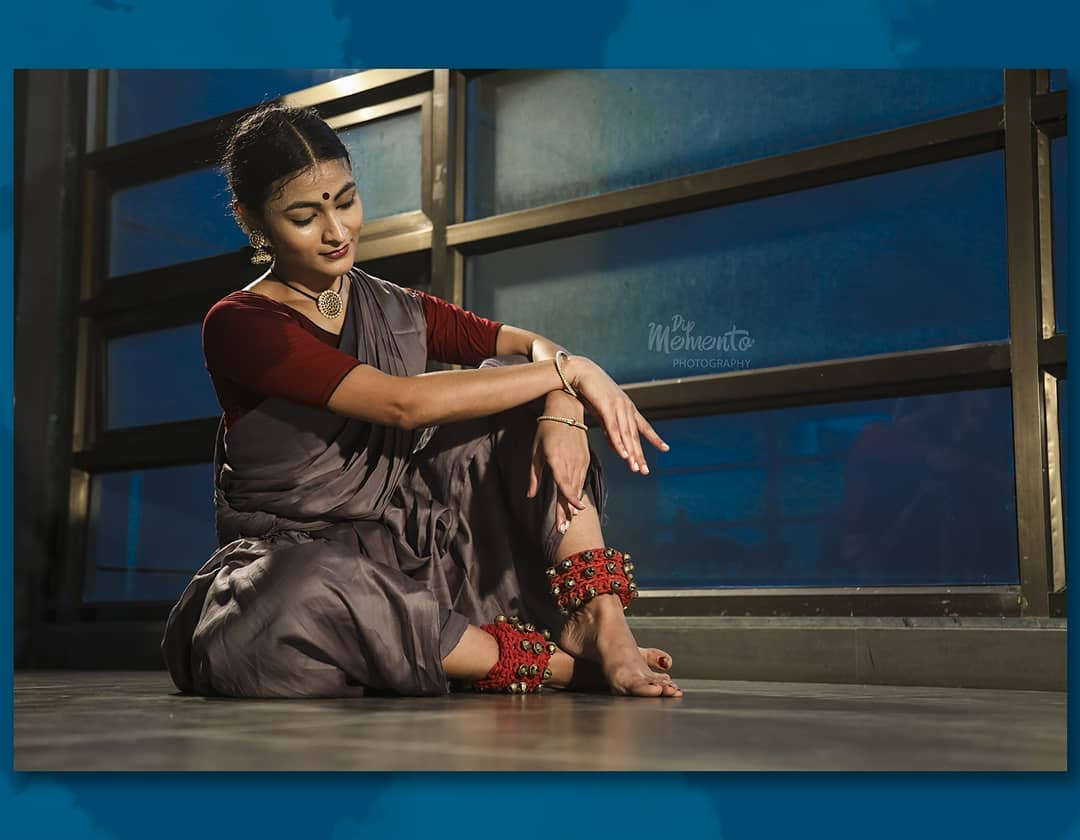 With the rhythm of the ghoonghroos and the beat of the music a dancer can spiritually elevate and embody with the divine beauty.  Dance united caste, religion and culture .   This collaboration shows the aesthetics of kathak and bharatnatyam together.   Kathak defines the gracious moves and bharatnatyam defines power.   Combination of strong and soft postures.  ※Dance video shoot project  @lovefornritya(Kathak) @manasikarani(Bharatnatyam) 📸@dip_memento_photography  Support & Help👌 @komalpatel_16 . . #dancephotographer #DANCEPHOTOGRAPHY #dance #bharatanatyam #kathak #indianclassicaldancers #indianclassicaldance #kathakdancers #bharatanatyamdancers #9924227745 #dipmementophotography #dipthakkar  #dancerslife #bharatnatyam #movement #indiandance #dancers #dancersofinstagram #kathakdance #itsadancelife🌱 #portrtait  #danceposes