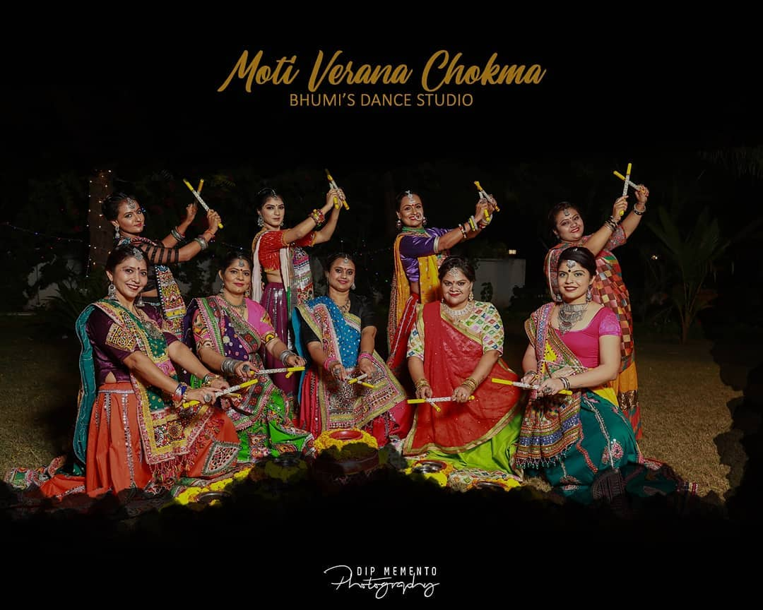 Garba Choreography on amazing Gujarati song