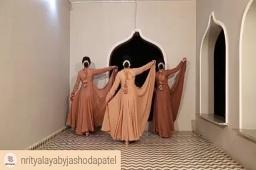 #dipmementophotography  #Repost @nrityalayabyjashodapatel • • • • •. Being great fans of #LataMangeshkar, our next #Kathak performance had to be on one of her songs. #Pakeezah has always been a special movie for any dance enthusiast. Hence, this tribute to Meena Kumari from Nrityalaya. Feedback appreciated.  Special thanks to @vrudevjewels for the jewellery and designer @rajparihardesigner for the wardrobe.  Videography: Dip Thakkar (@dip_memento_photography ) Makeup: Krishna Bhati  Performers: @jashodapatel_kathak @bhuvneshwaripatel @kashish_patel18  #kathakdancers #indiandancecrew #bollywooddance #dancersofindia  #kathak #kathakdance #classicaldance #ahmedabad #indianclassicaldance #pirouettes #chakkars #happydancing #classicaldance #indiandancer #dancersofinstagram #indianclassicaldance  #kathakdance #kathakdancer #indianclassicaldancers #9924227745 #spins  #worldofdance #dance #indiandanceform #loveforkathak #dancers #dancersindia