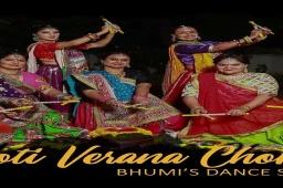 Garba Choreography on amazing Gujarati song